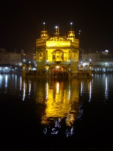 The Golden Temple at Night, Amritsar, India (click to enlarge)