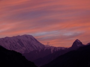Sunset over the Nepalese Mountains (click to enlarge)