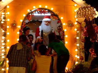shiny christmas towns and a sparkly new year in the philippines shiny christmas towns and a sparkly
