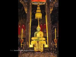 Emerald-Buddha-Bangkok-Thailand