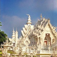 Damaged spire on the white temple (Wat Rong Khun)