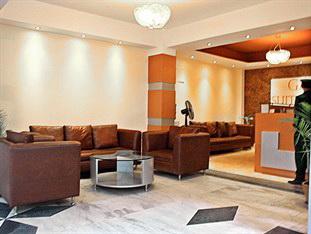 Gaju Suite Hotel lobby