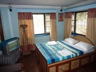 Souvenir Guest House room