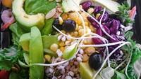 avocado salad thai