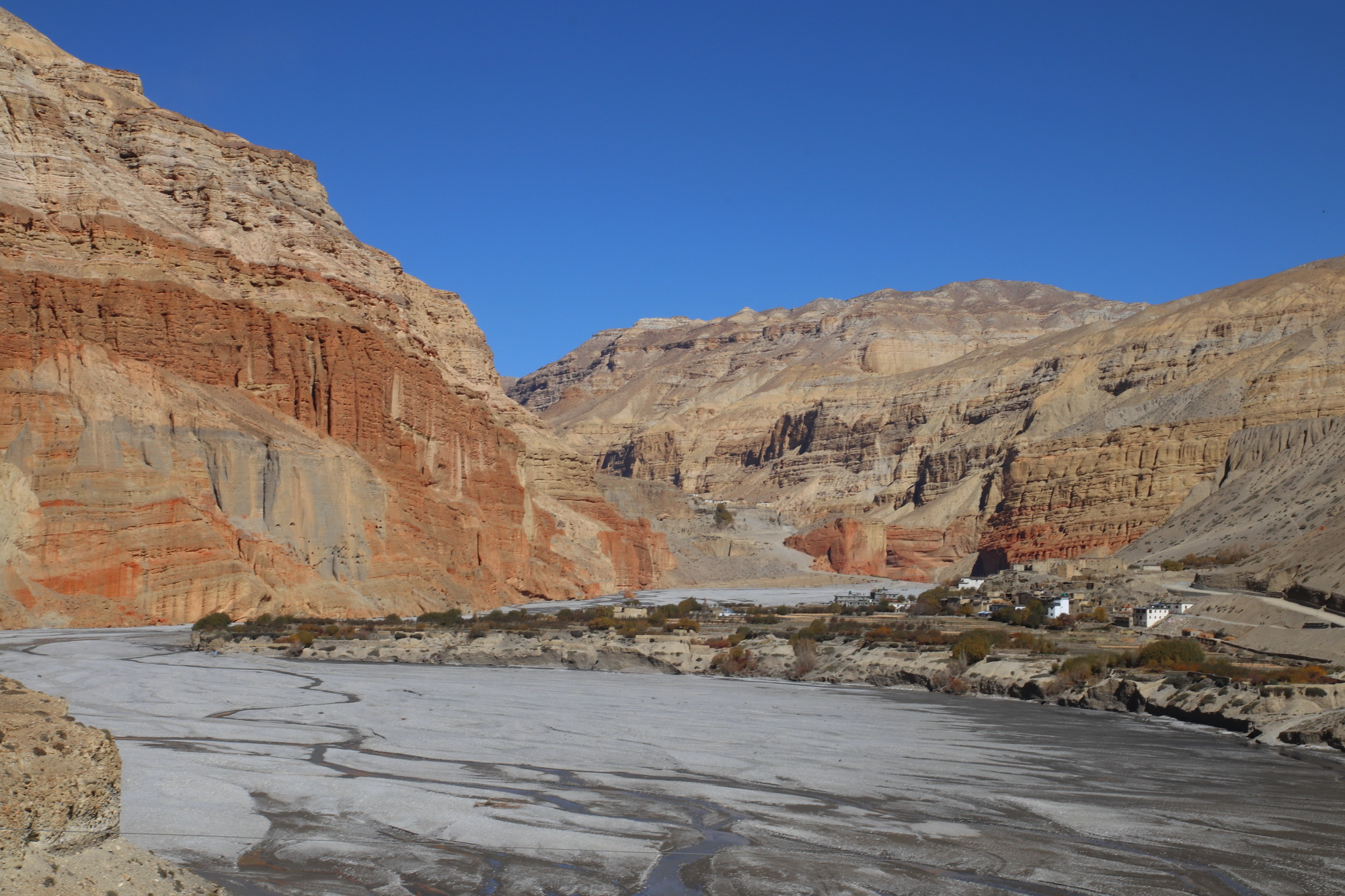 Chhusang in Upper Mustang