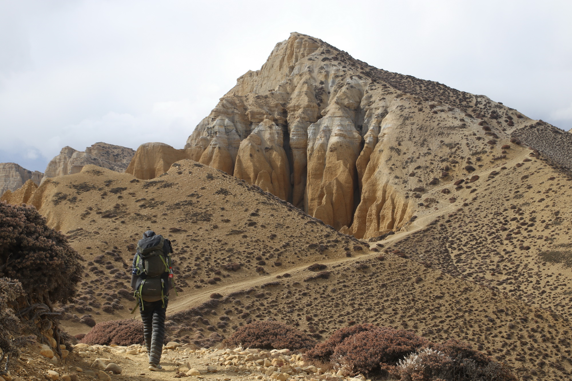 Trekking from Tange to Chhuksang - Upper Mustang Trek
