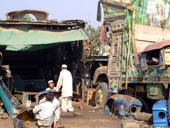 Pakistani Bus Painters Yard